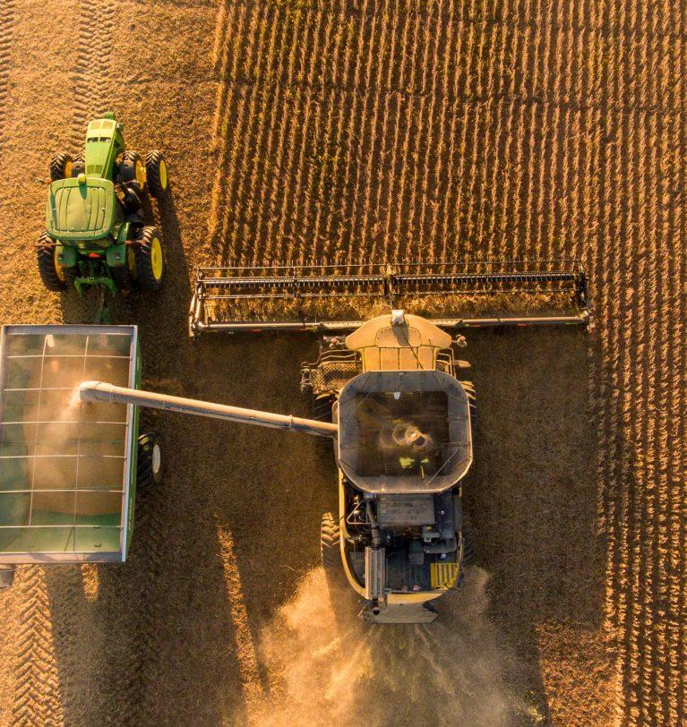 Украинские аграрии завершают уборочную кампанию