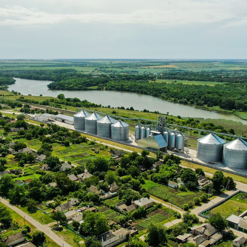 Елеватор компанії KADORR першим в районі прийняв ячмінь врожаю 2021 року